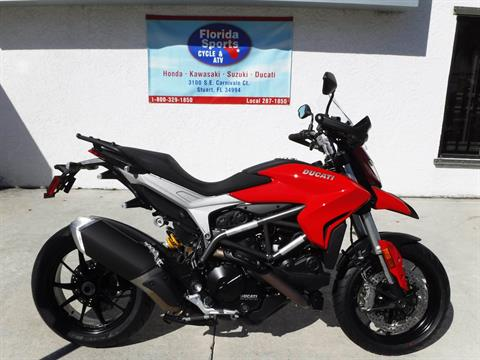 2016 Ducati Hyperstrada 939 in Stuart, Florida