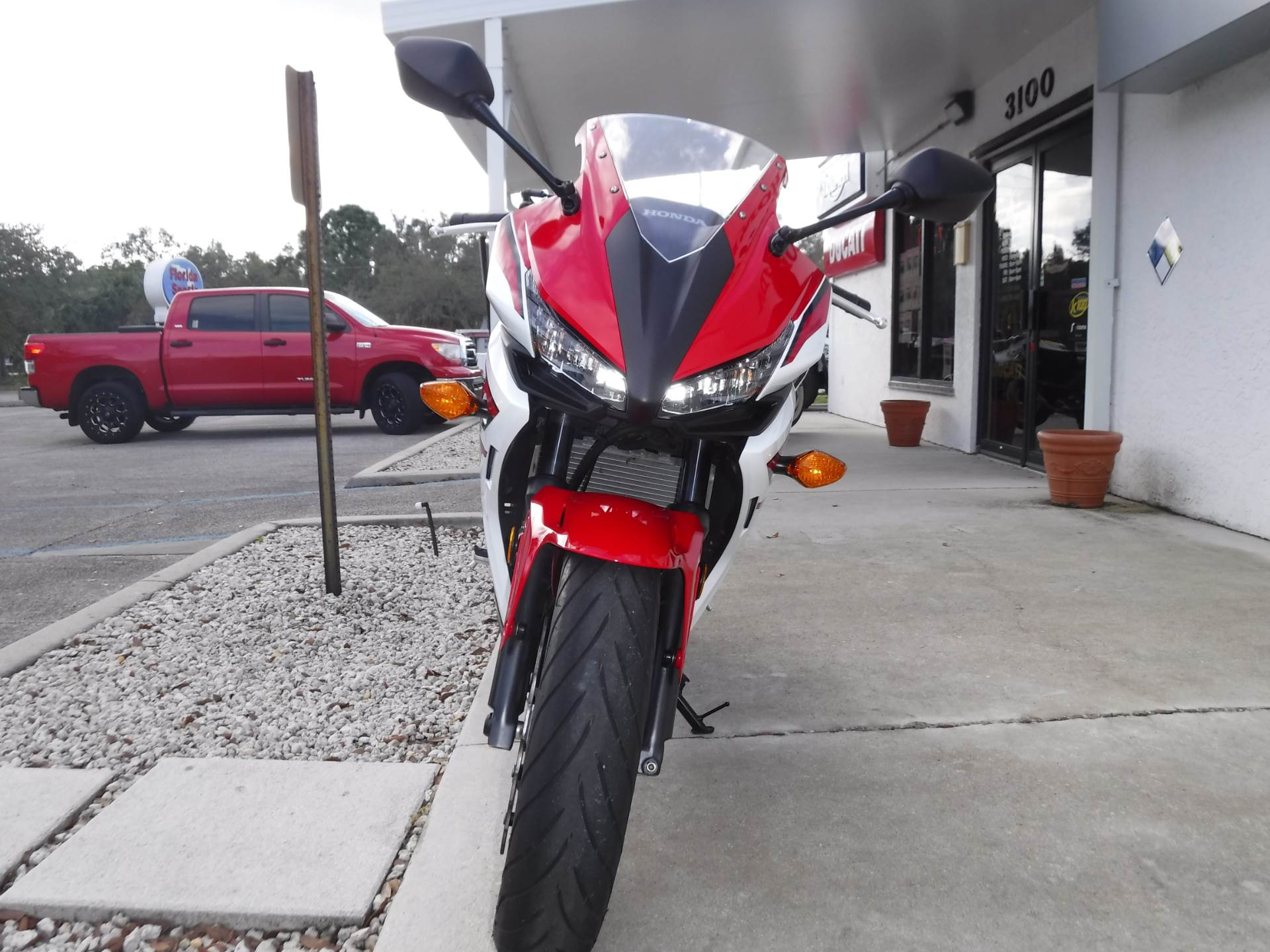 2018 Honda CBR500R ABS in Stuart, Florida - Photo 3