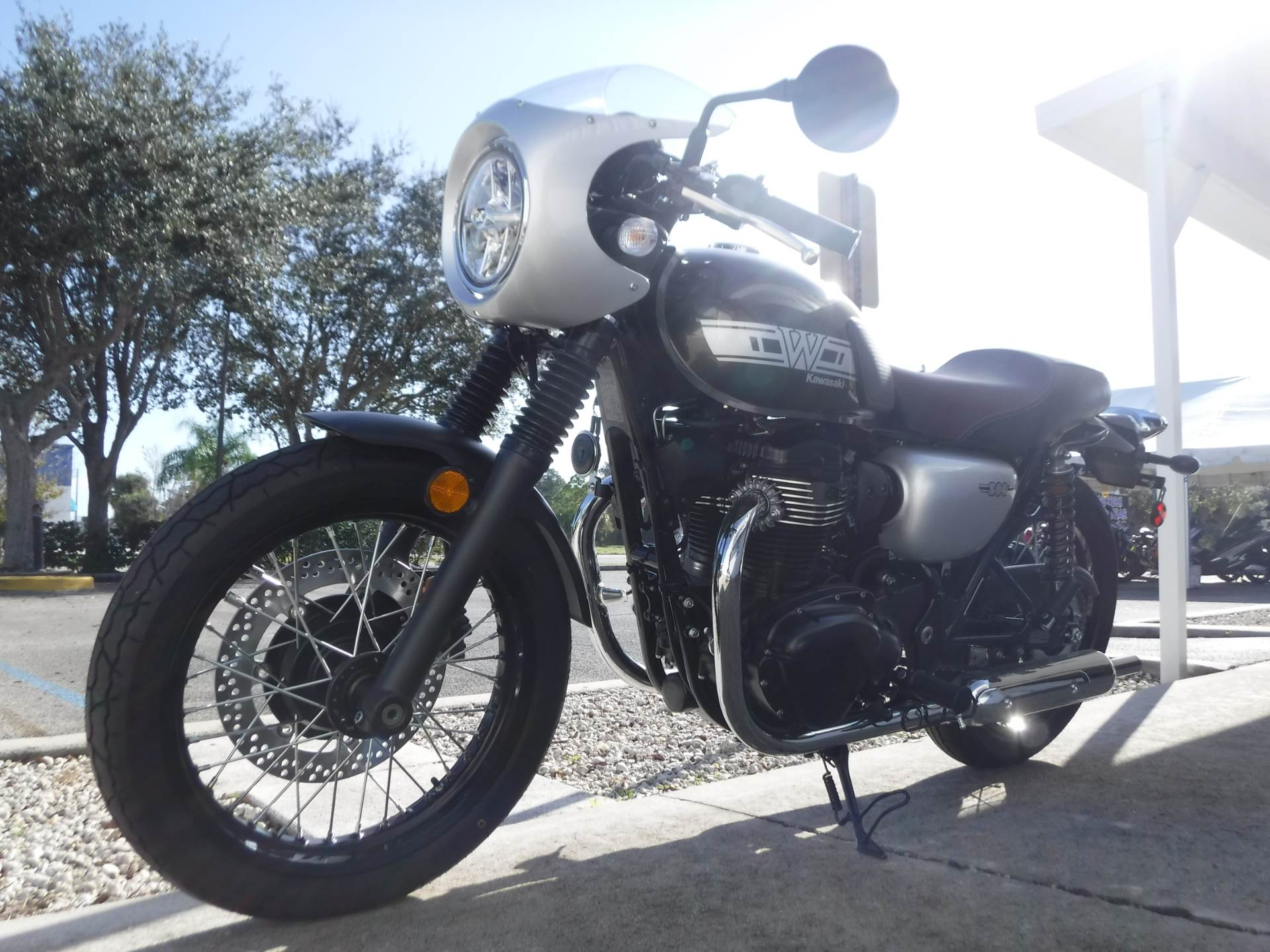2019 Kawasaki W800 Cafe in Stuart, Florida - Photo 4