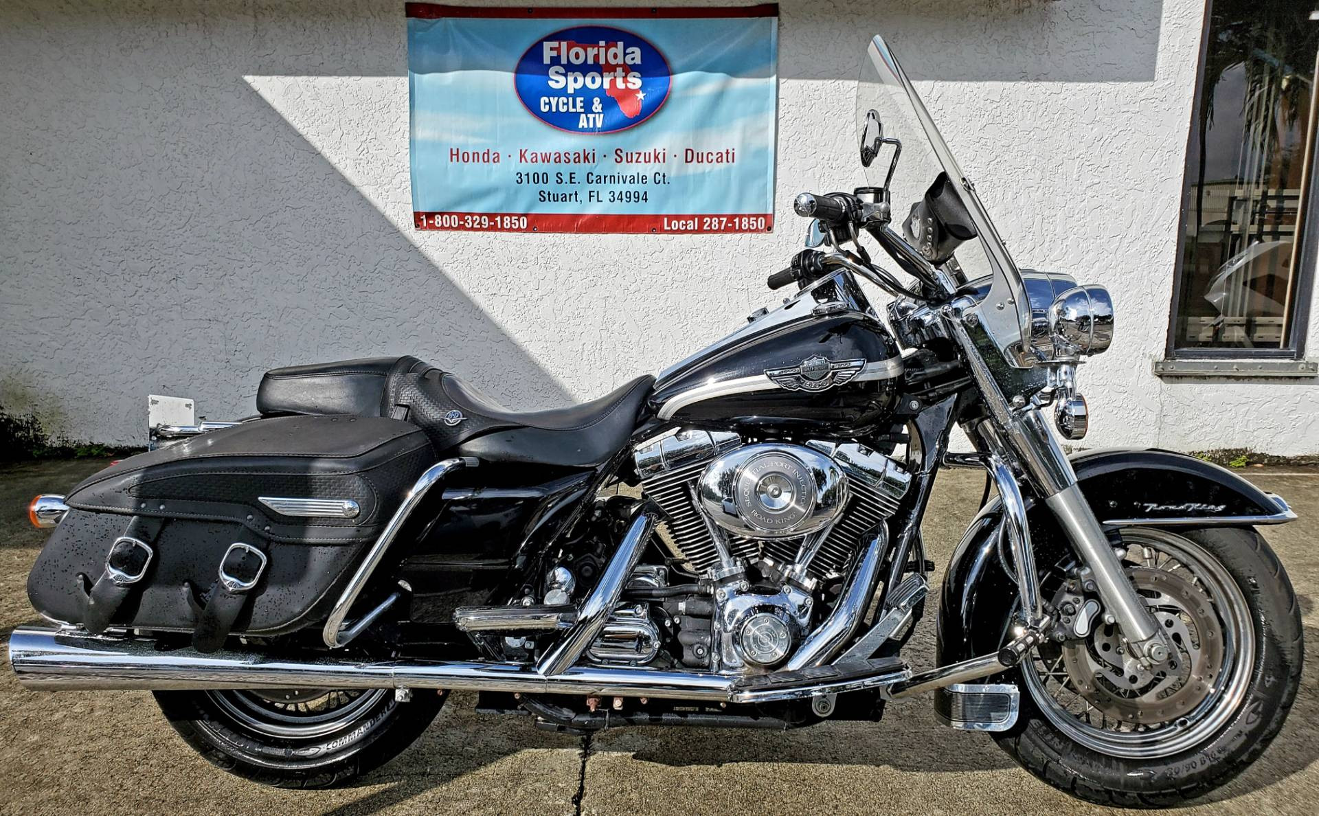 2003 Harley-Davidson FLHRCI Road King® Classic in Stuart, Florida - Photo 1