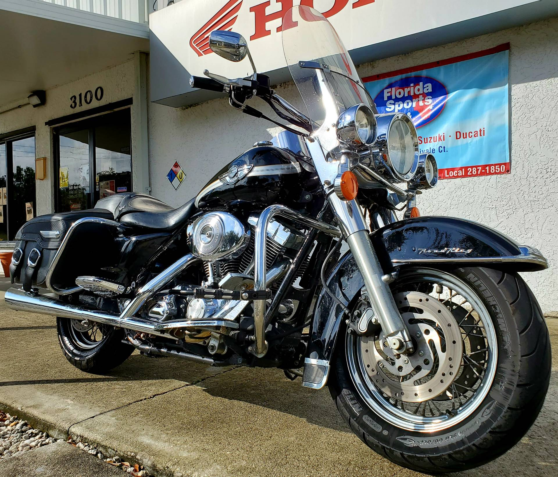 2003 Harley-Davidson FLHRCI Road King® Classic in Stuart, Florida - Photo 2
