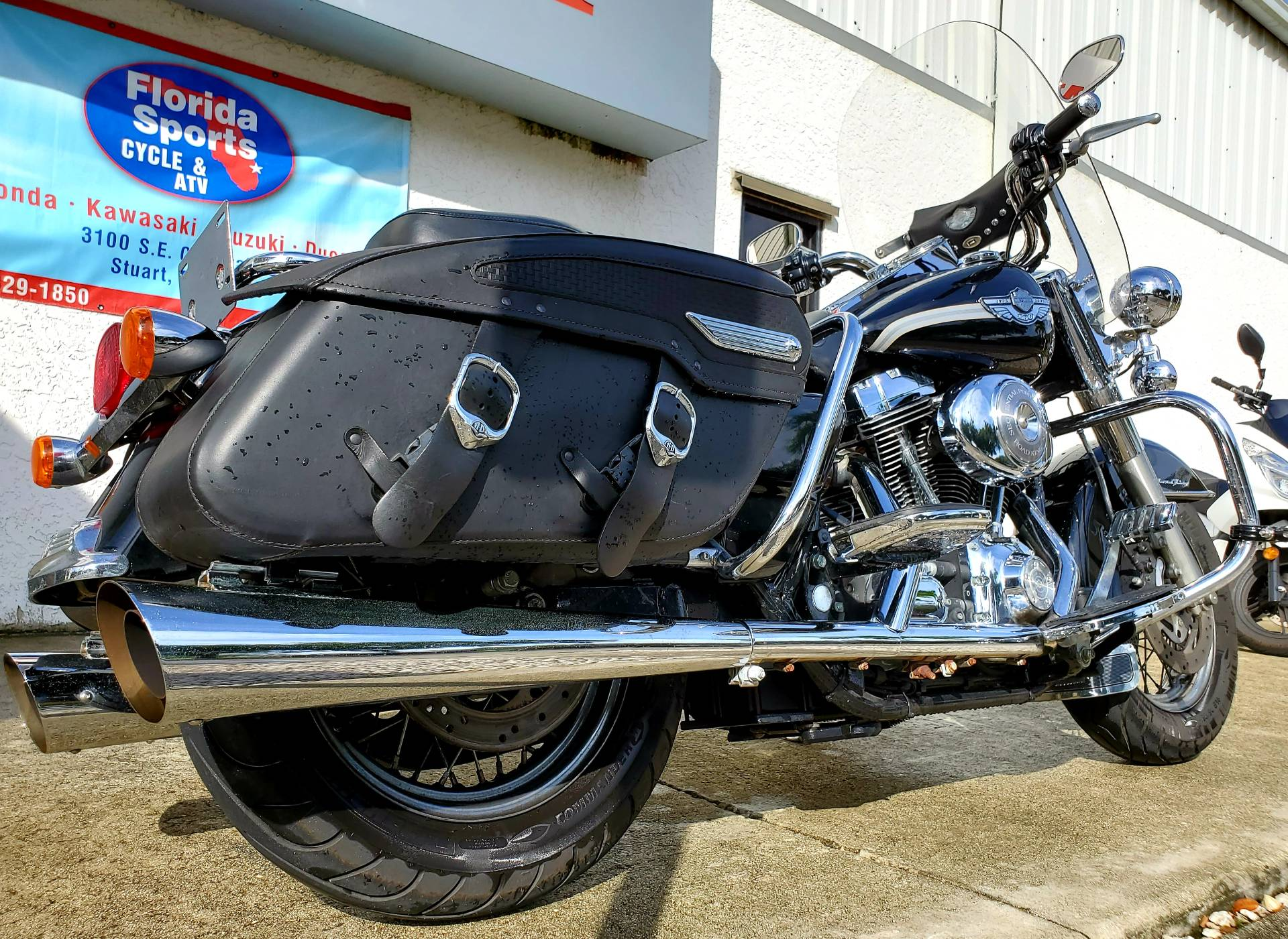 2003 Harley-Davidson FLHRCI Road King® Classic in Stuart, Florida - Photo 8