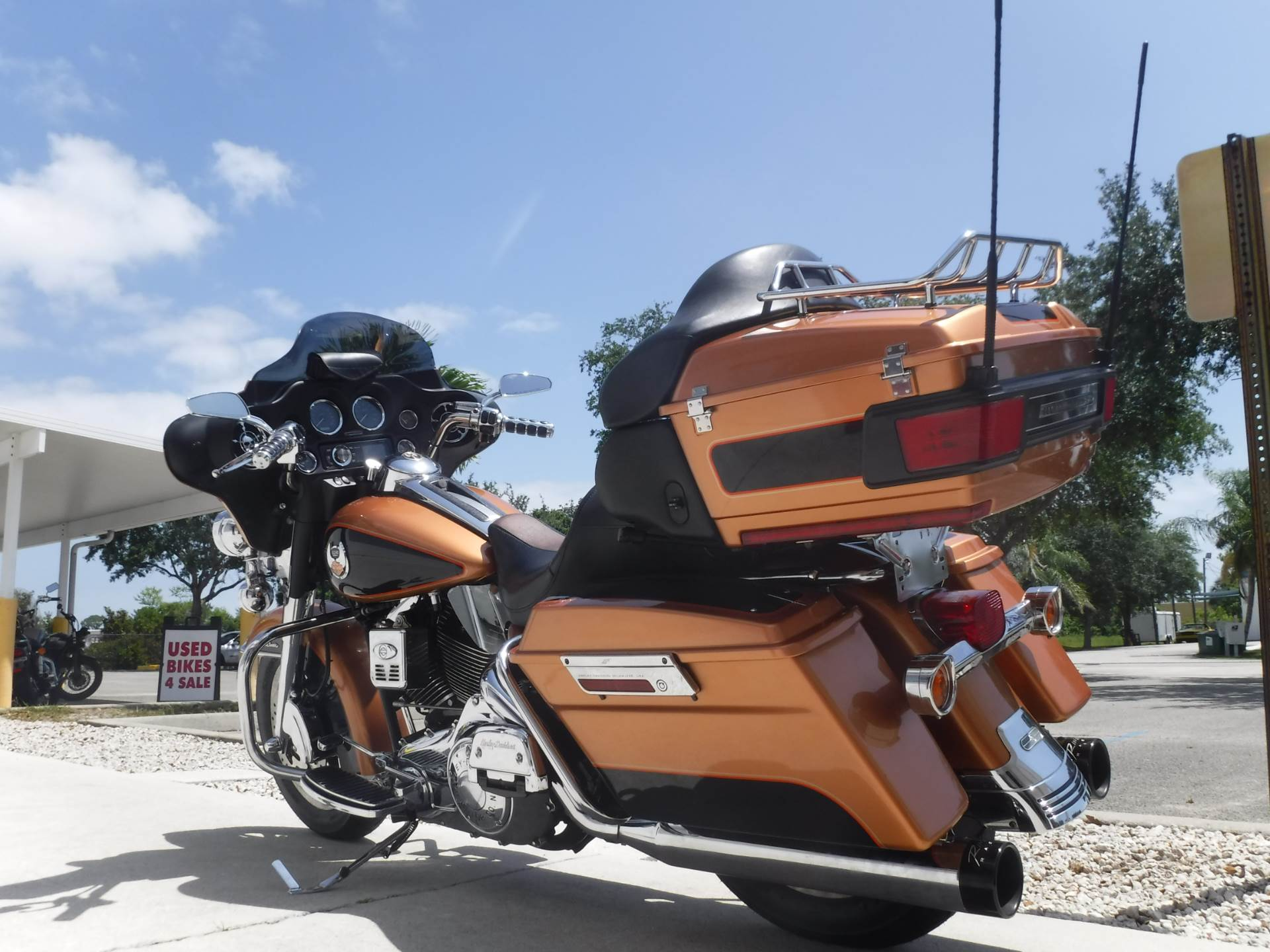 2008 Harley-Davidson Ultra Classic® Electra Glide® in Stuart, Florida - Photo 6