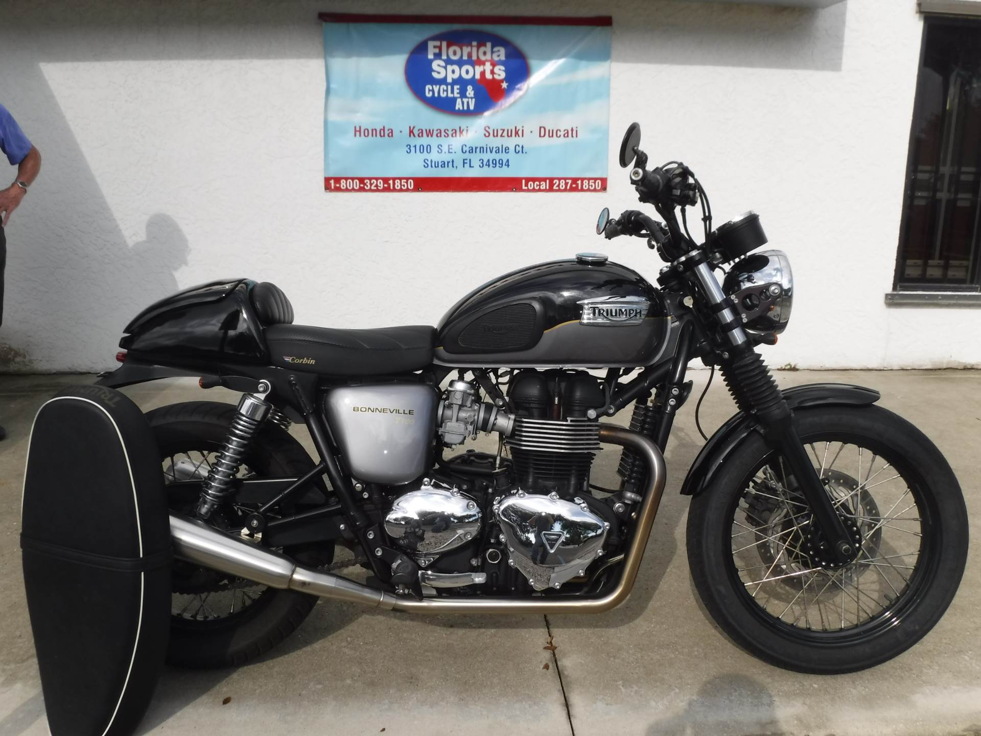 2013 Triumph Bonneville T100 in Stuart, Florida - Photo 1
