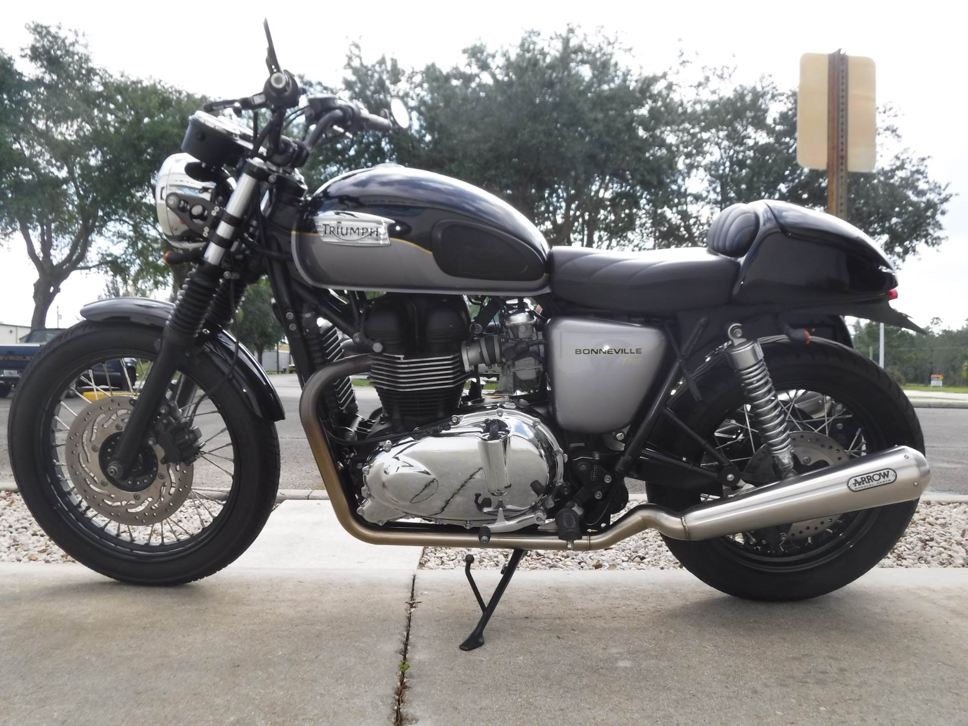 2013 Triumph Bonneville T100 in Stuart, Florida - Photo 5