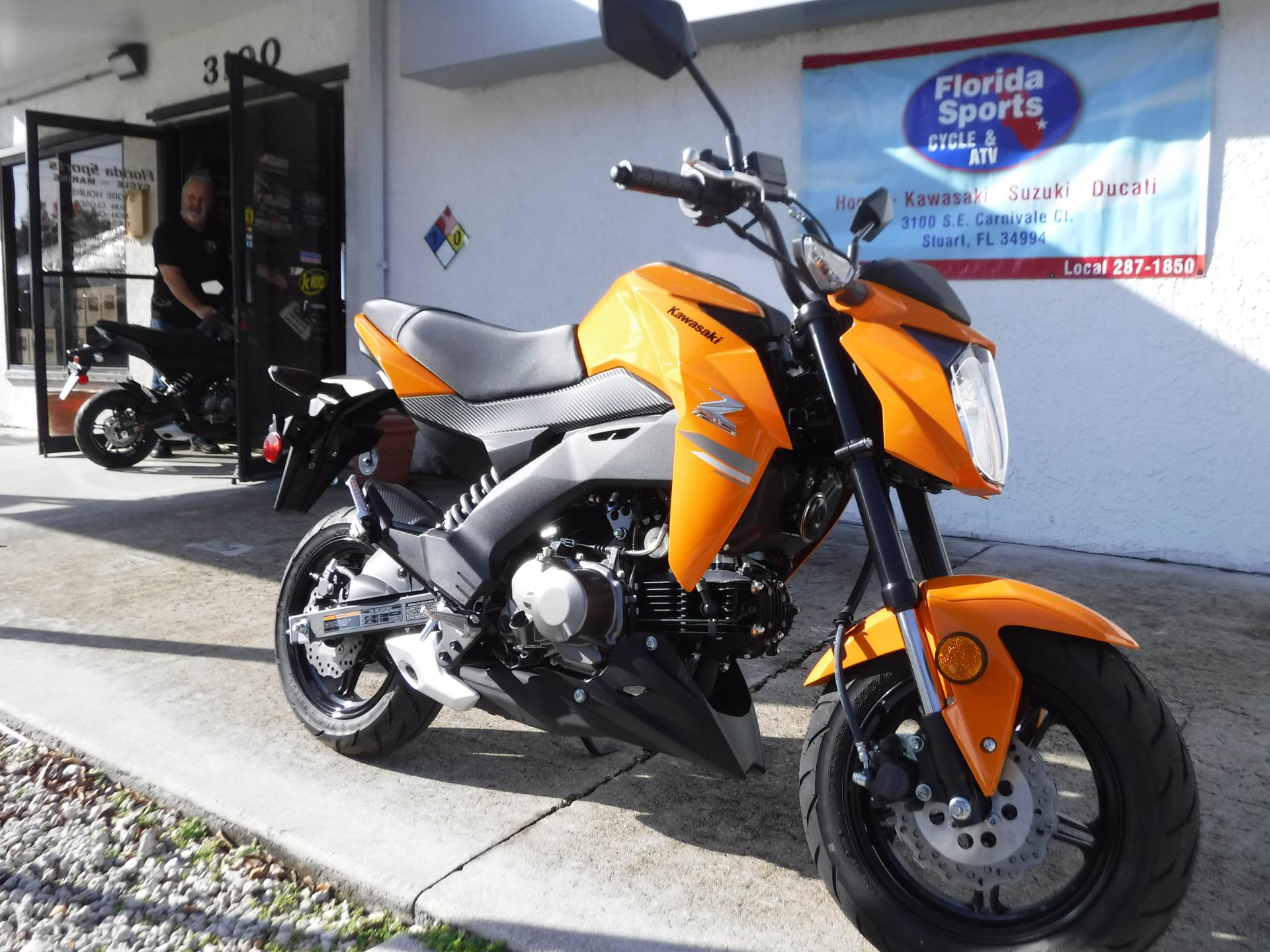 2019 Kawasaki Z125 Pro in Stuart, Florida - Photo 2
