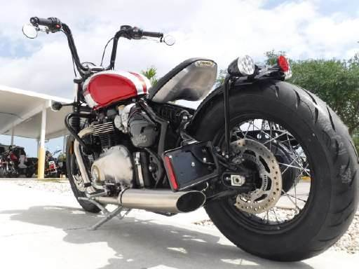 2018 Triumph Bonneville Bobber in Stuart, Florida - Photo 8