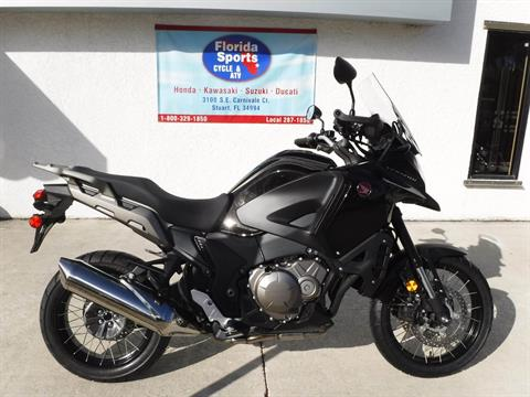 2016 Honda VFR1200X in Stuart, Florida - Photo 1