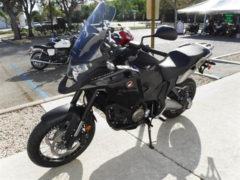 2016 Honda VFR1200X in Stuart, Florida - Photo 4