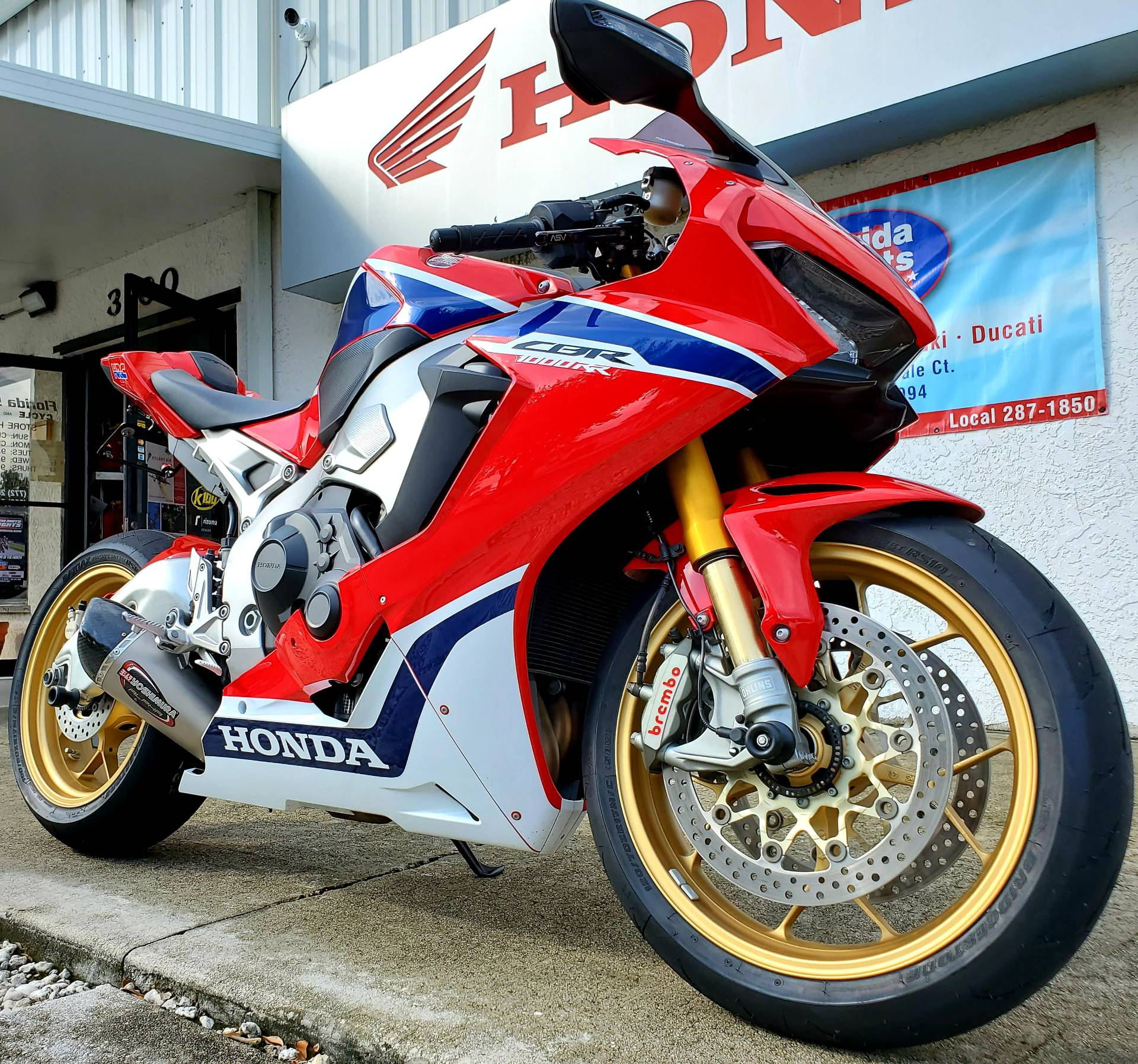 2017 Honda CBR1000RR SP in Stuart, Florida - Photo 2