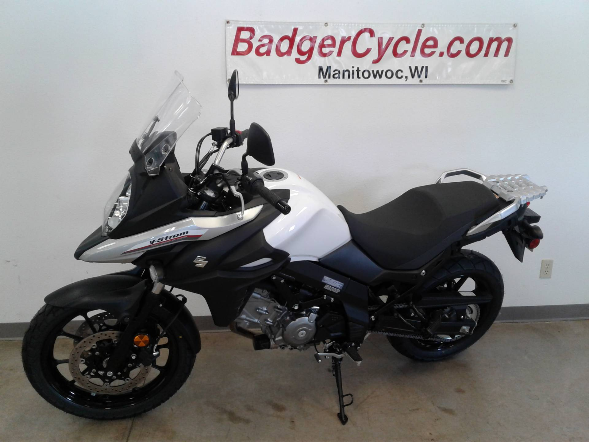 2017 Suzuki V-Strom 650 in Manitowoc, Wisconsin - Photo 2