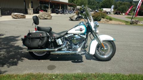 2016 Harley-Davidson Heritage Softail Classic in Waynesville, North Carolina
