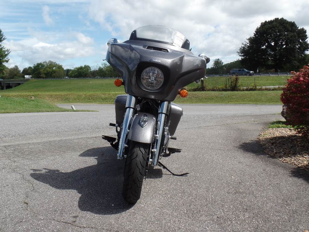 2019 Indian Chieftain® ABS in Waynesville, North Carolina - Photo 5