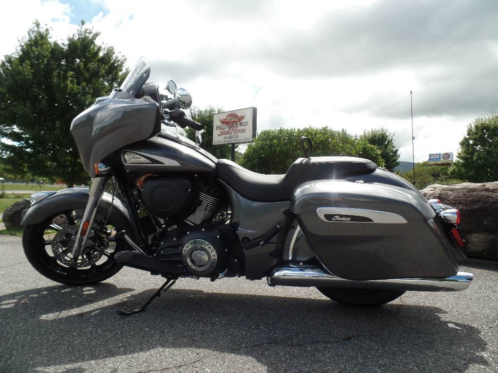 2019 Indian Chieftain® ABS in Waynesville, North Carolina