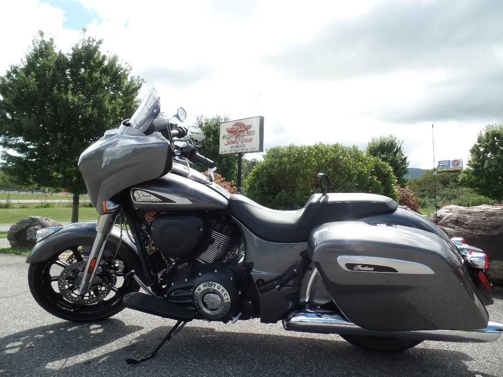 2019 Indian Chieftain® ABS in Waynesville, North Carolina - Photo 3