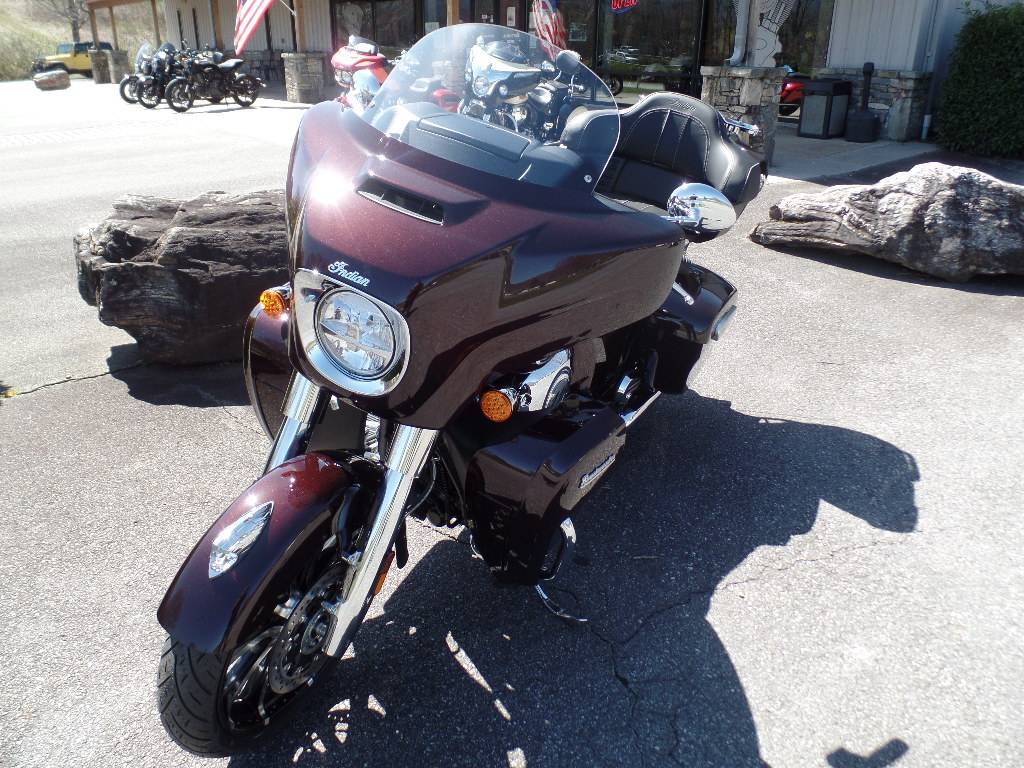 2021 Indian Roadmaster® Limited in Waynesville, North Carolina - Photo 7