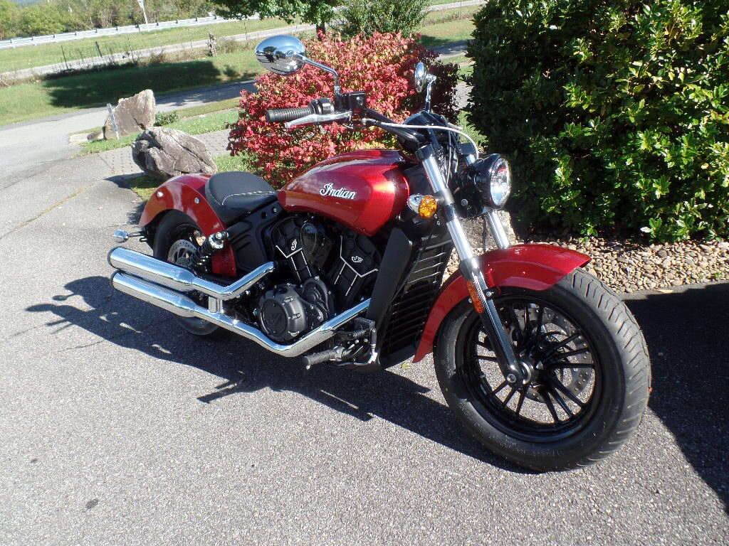 2019 Indian Scout® Sixty ABS in Waynesville, North Carolina - Photo 10