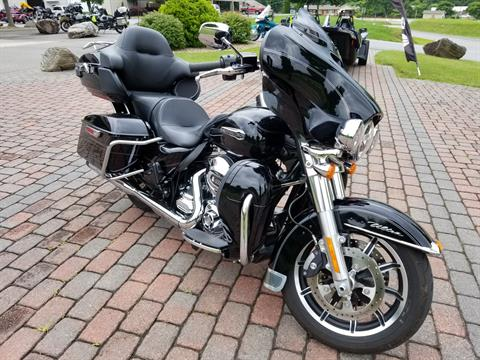 2015 Harley-Davidson Electra Glide® Ultra Classic® Low in Waynesville, North Carolina