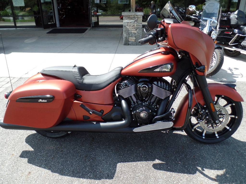 2021 Indian Chieftain® Dark Horse® Icon in Waynesville, North Carolina - Photo 1