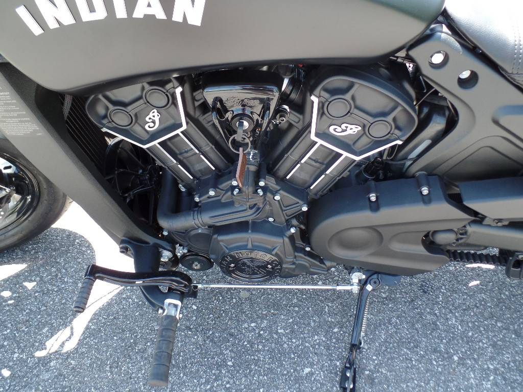 2021 Indian Scout® Bobber Sixty in Waynesville, North Carolina - Photo 3