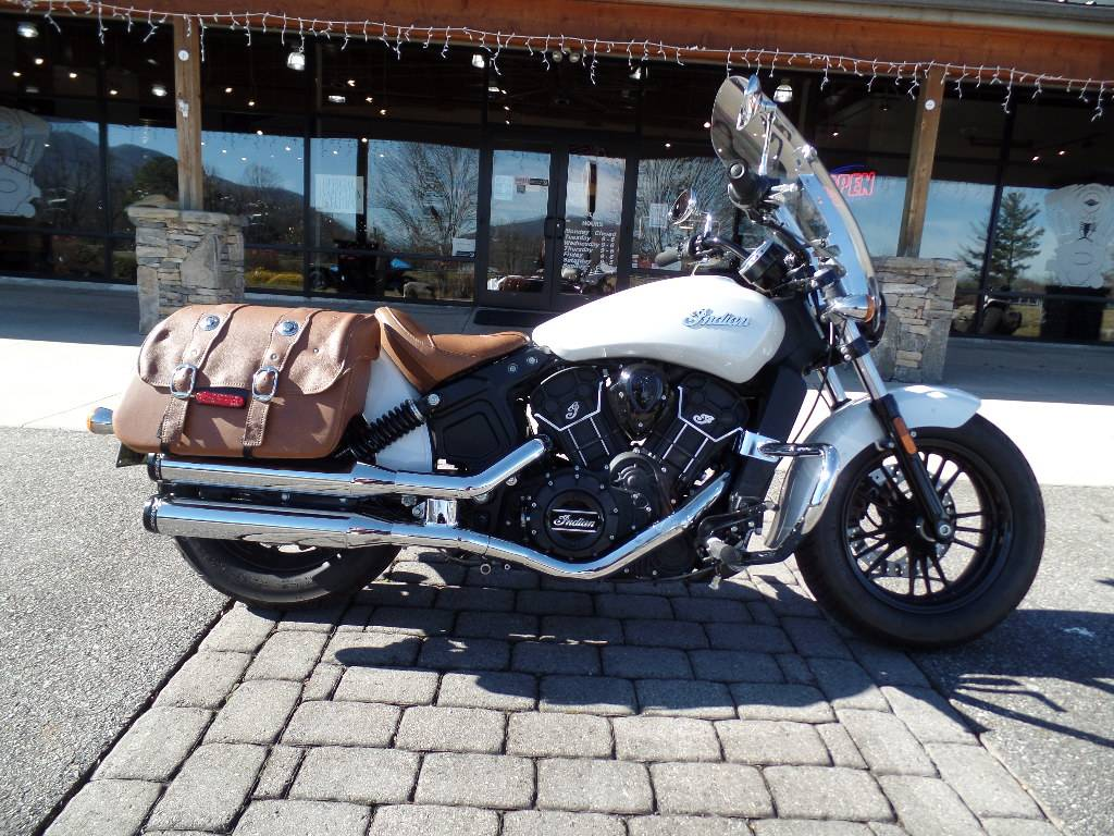 2016 Indian Scout® Sixty in Waynesville, North Carolina - Photo 2