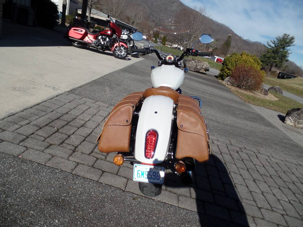 2016 Indian Scout® Sixty in Waynesville, North Carolina - Photo 3