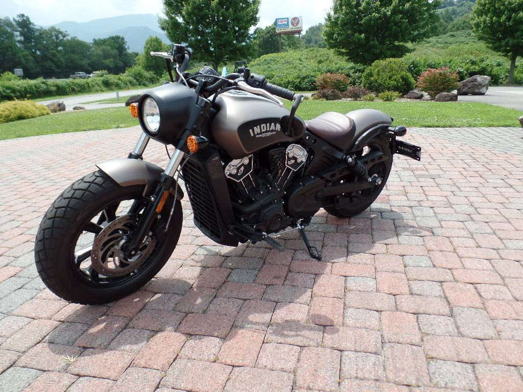 2018 Indian Scout® Bobber in Waynesville, North Carolina - Photo 3