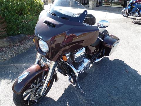 2019 Indian Chieftain® Limited ABS in Waynesville, North Carolina - Photo 3
