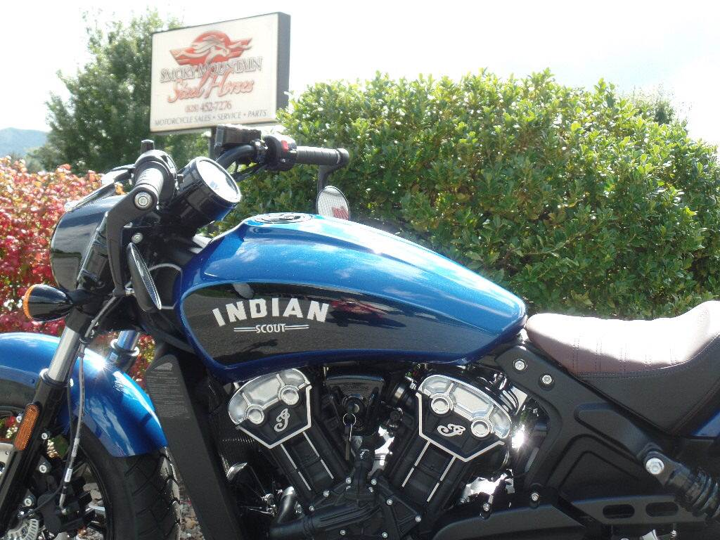 2019 Indian Scout® Bobber ABS Icon Series in Waynesville, North Carolina