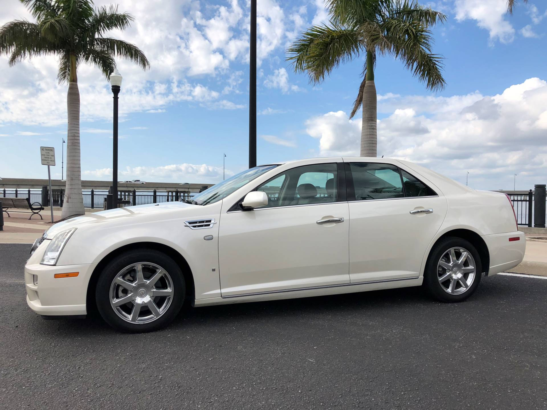 2008 Cadillac STS in Port Charlotte, Florida