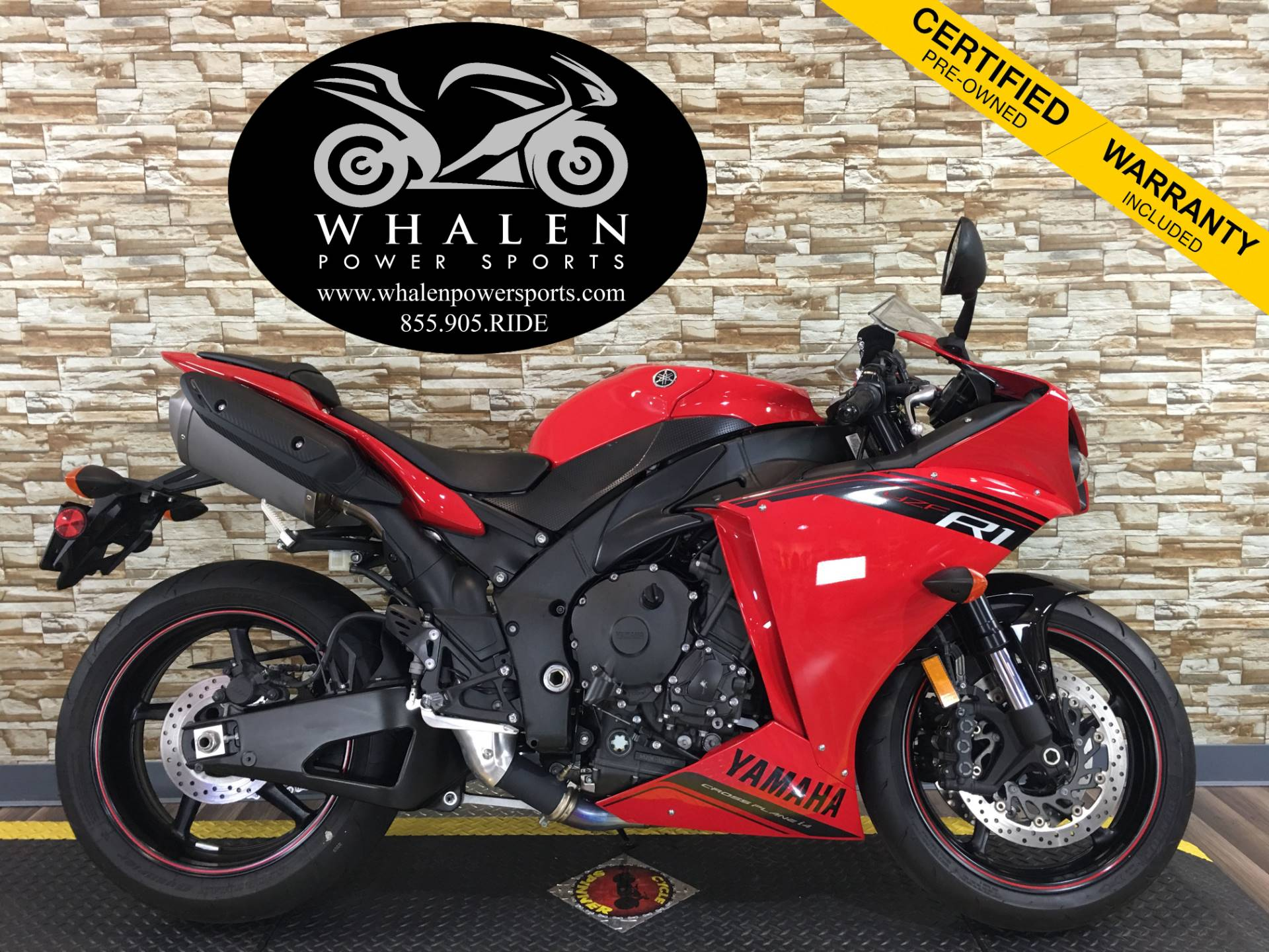 2014 Yamaha YZF-R1 1