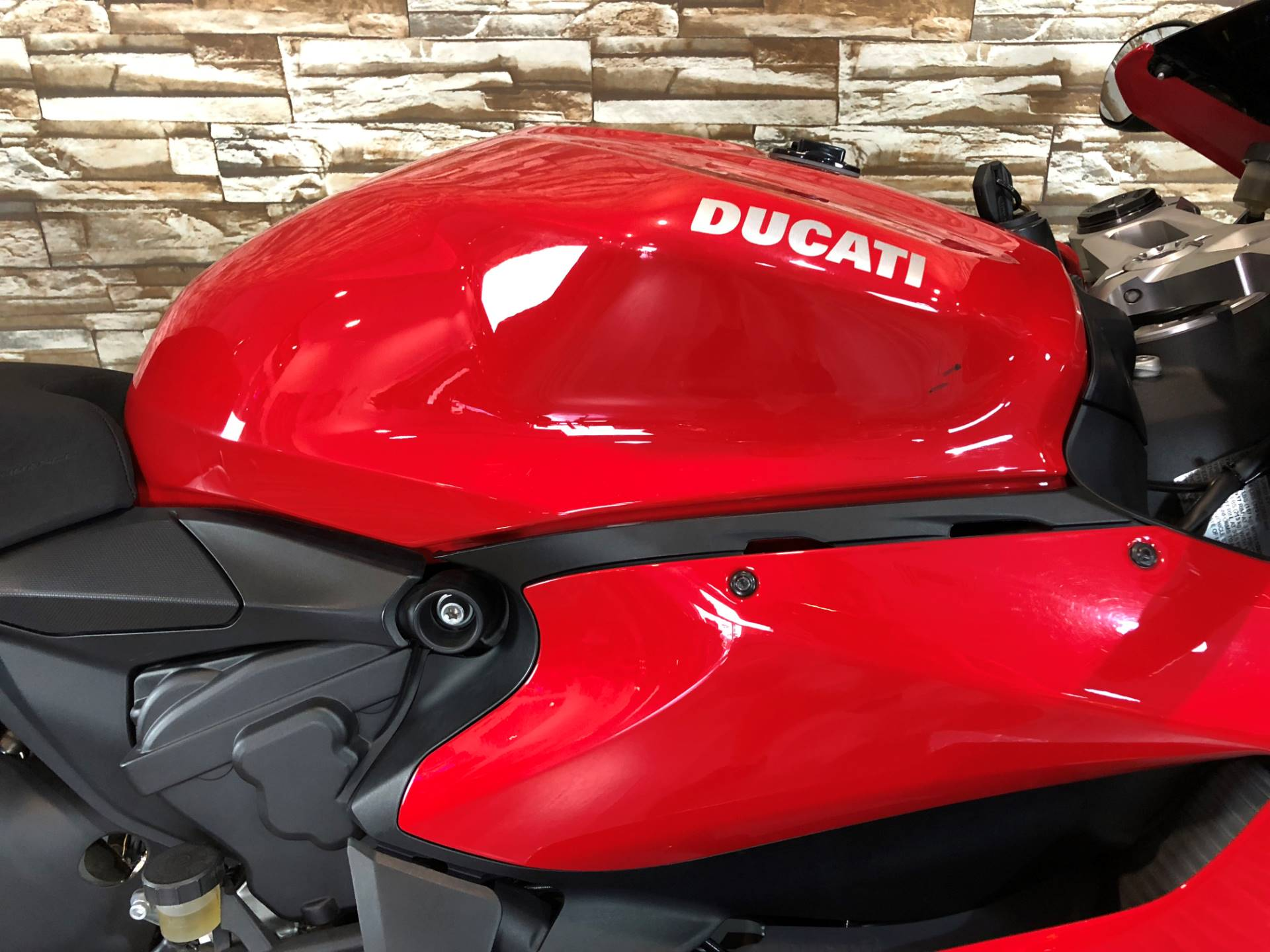 2014 Ducati Superbike 899 Panigale 11