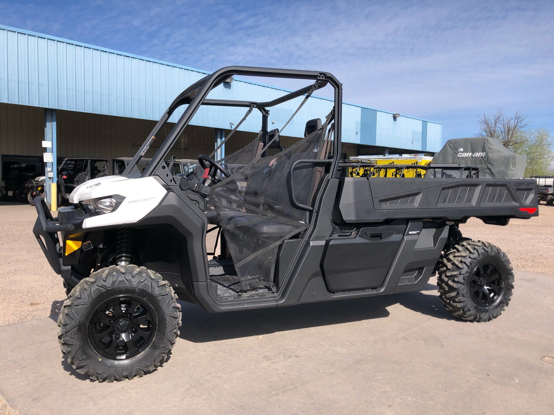 2021 Can-Am Defender Pro DPS HD10 in Safford, Arizona - Photo 1