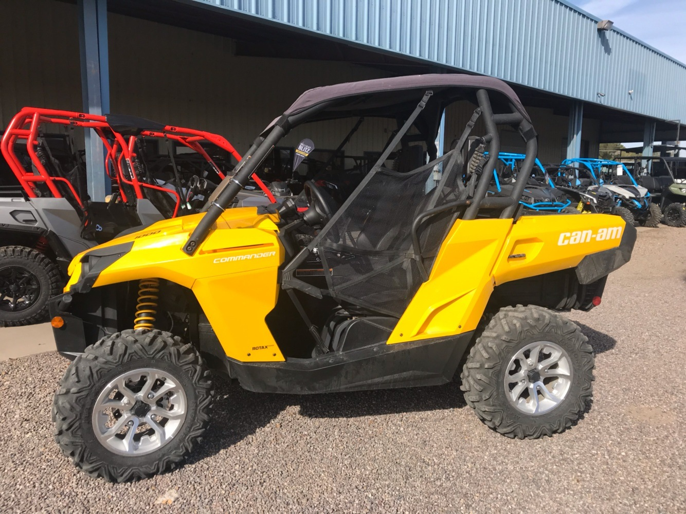 2015 Can-Am Commander™ DPS™ 1000 in Safford, Arizona