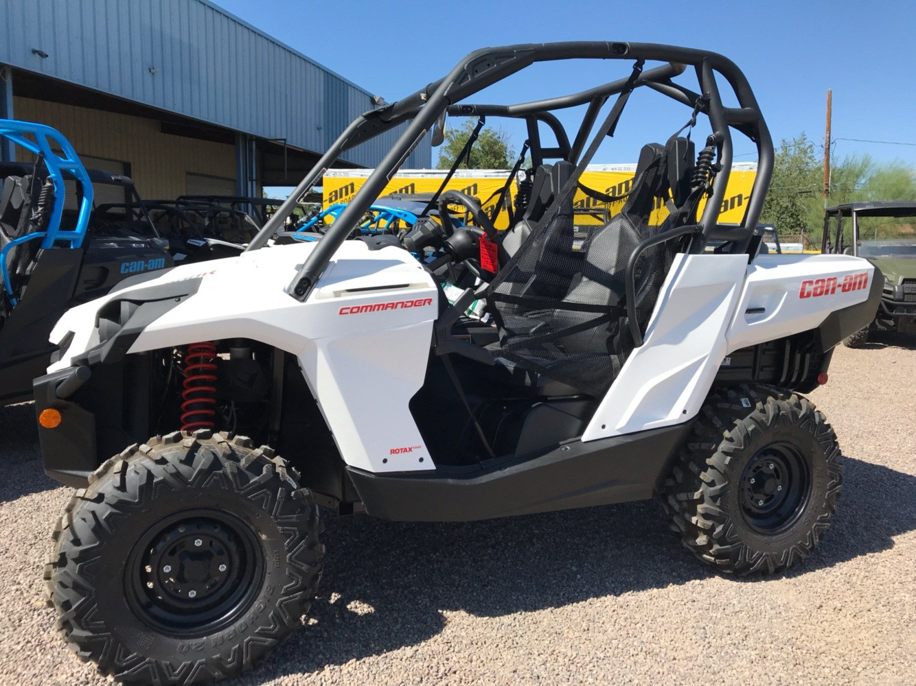 2019 Can-Am Commander 800R in Safford, Arizona - Photo 2