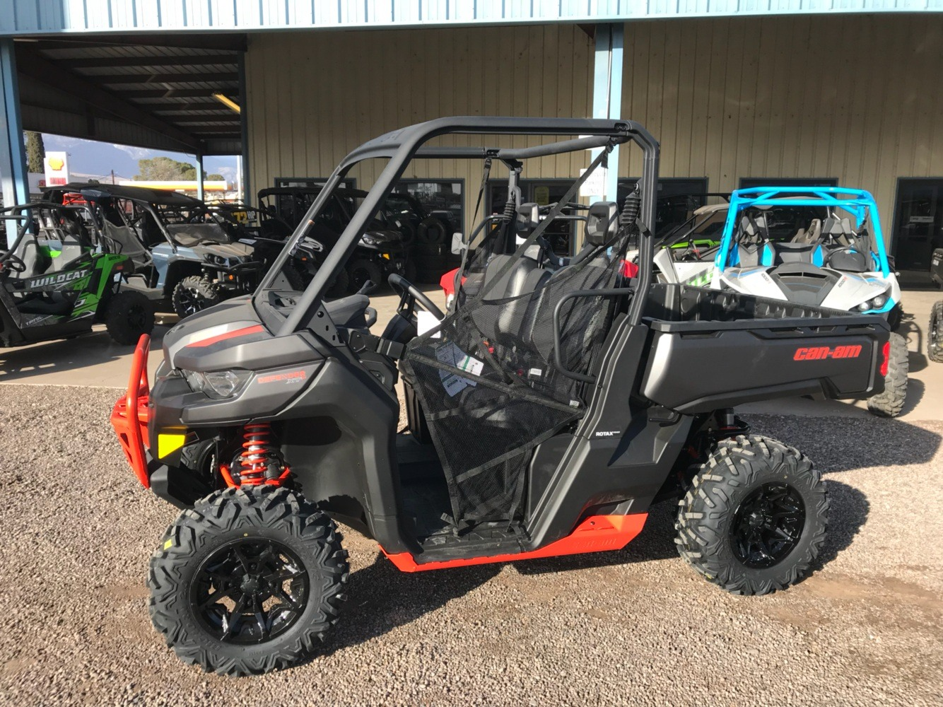 2018 Can-Am Defender XT-P HD10 in Safford, Arizona - Photo 1