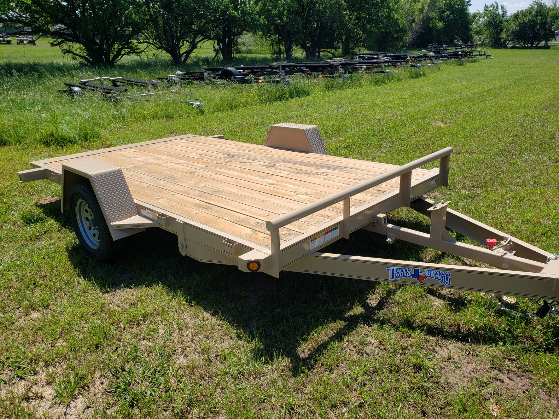 2019 Texas Bragg tilt flatbed in Durant, Oklahoma - Photo 2