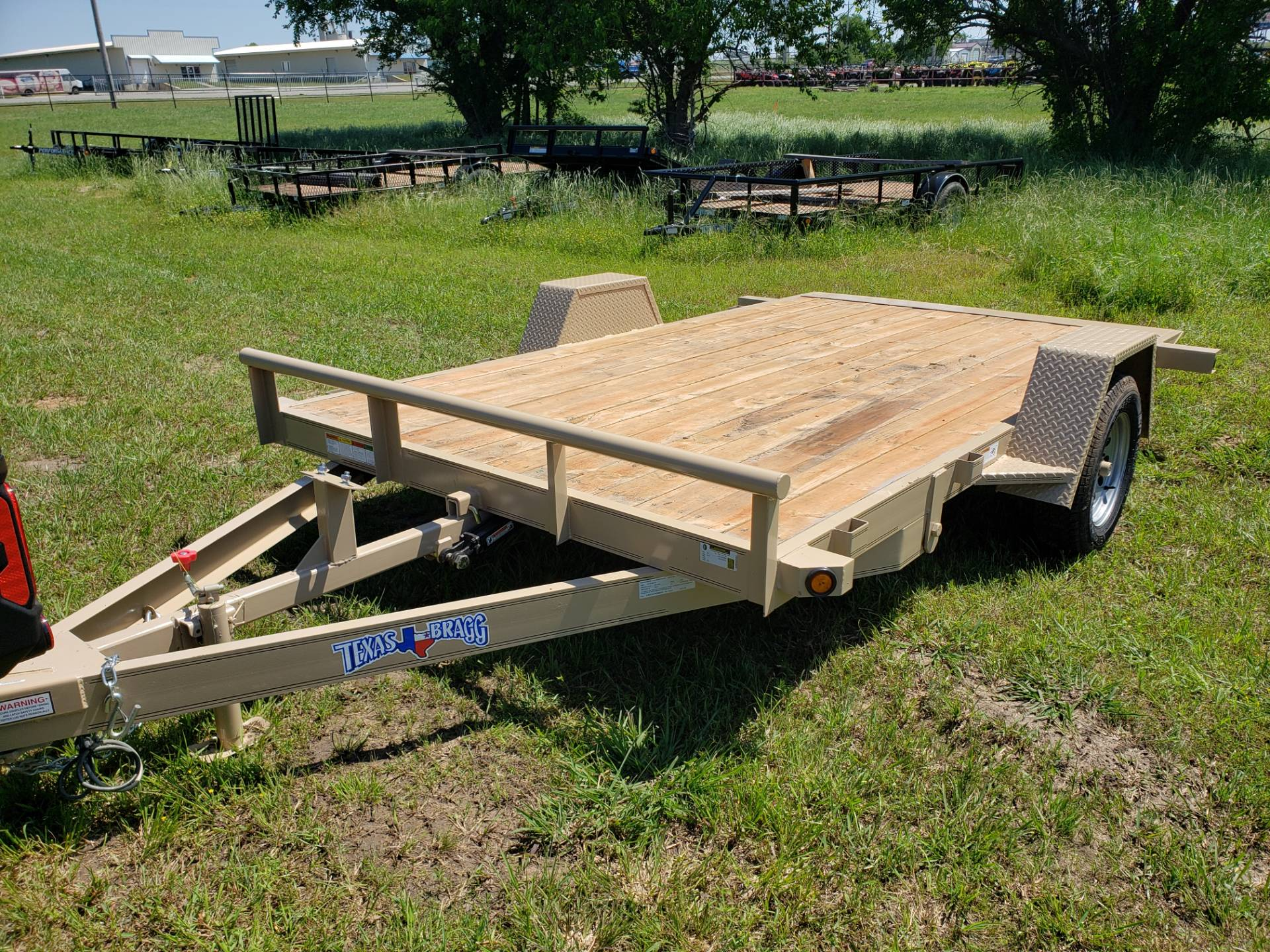2019 Texas Bragg tilt flatbed in Durant, Oklahoma - Photo 1