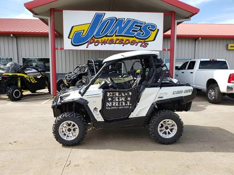 2015 Can-Am Commander™ Limited 1000 in Durant, Oklahoma