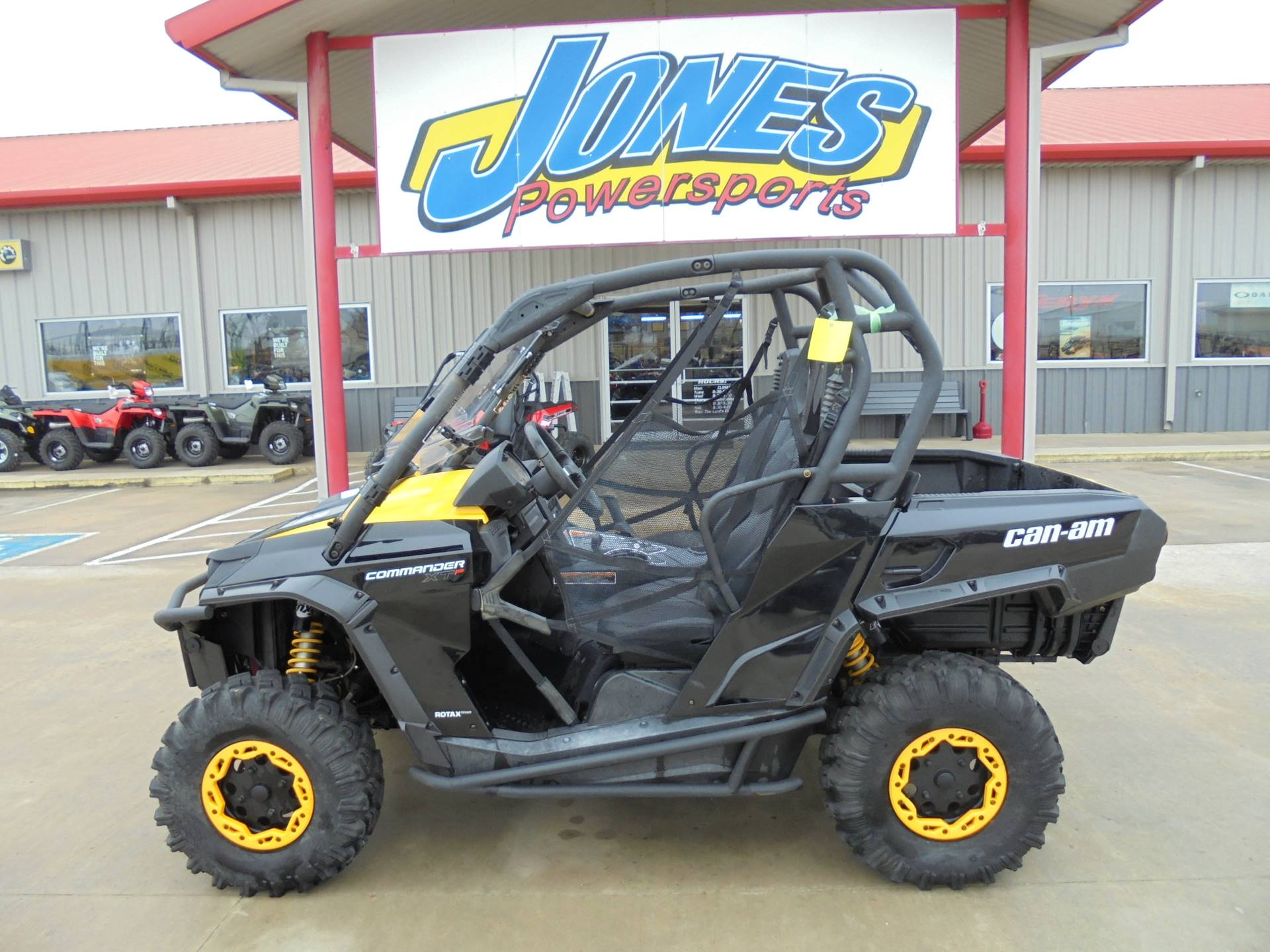 2014 Can-Am Commander™ XT-P 1000 in Durant, Oklahoma - Photo 1