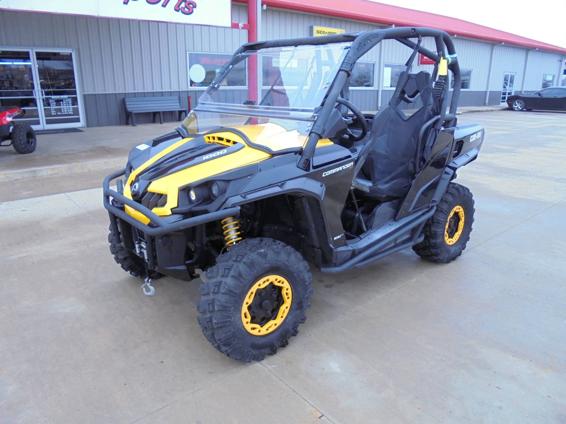 2014 Can-Am Commander™ XT-P 1000 in Durant, Oklahoma - Photo 2