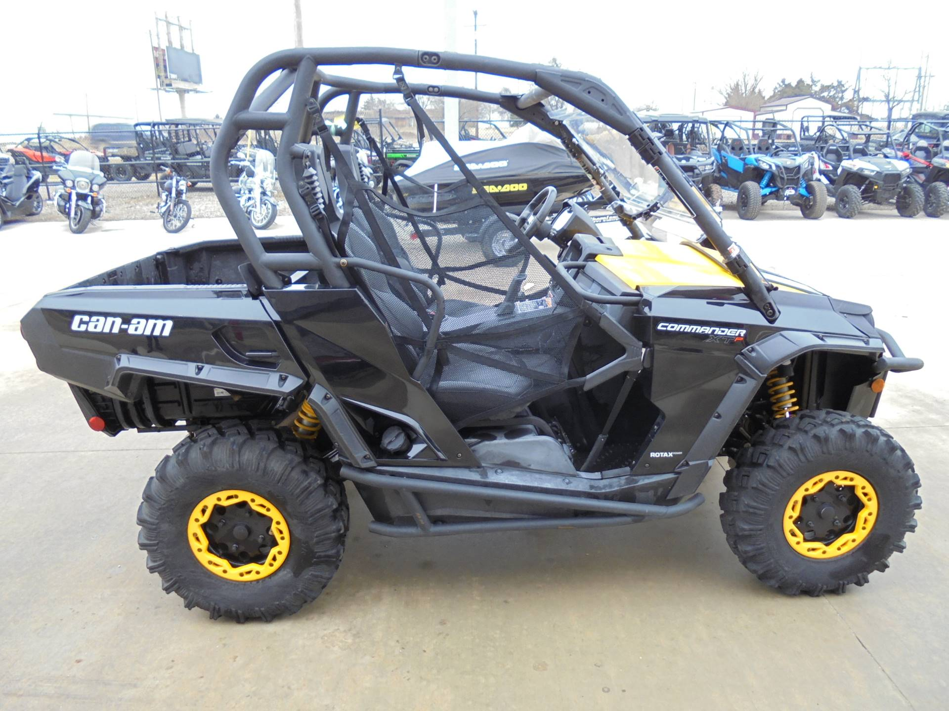 2014 Can-Am Commander™ XT-P 1000 in Durant, Oklahoma - Photo 6
