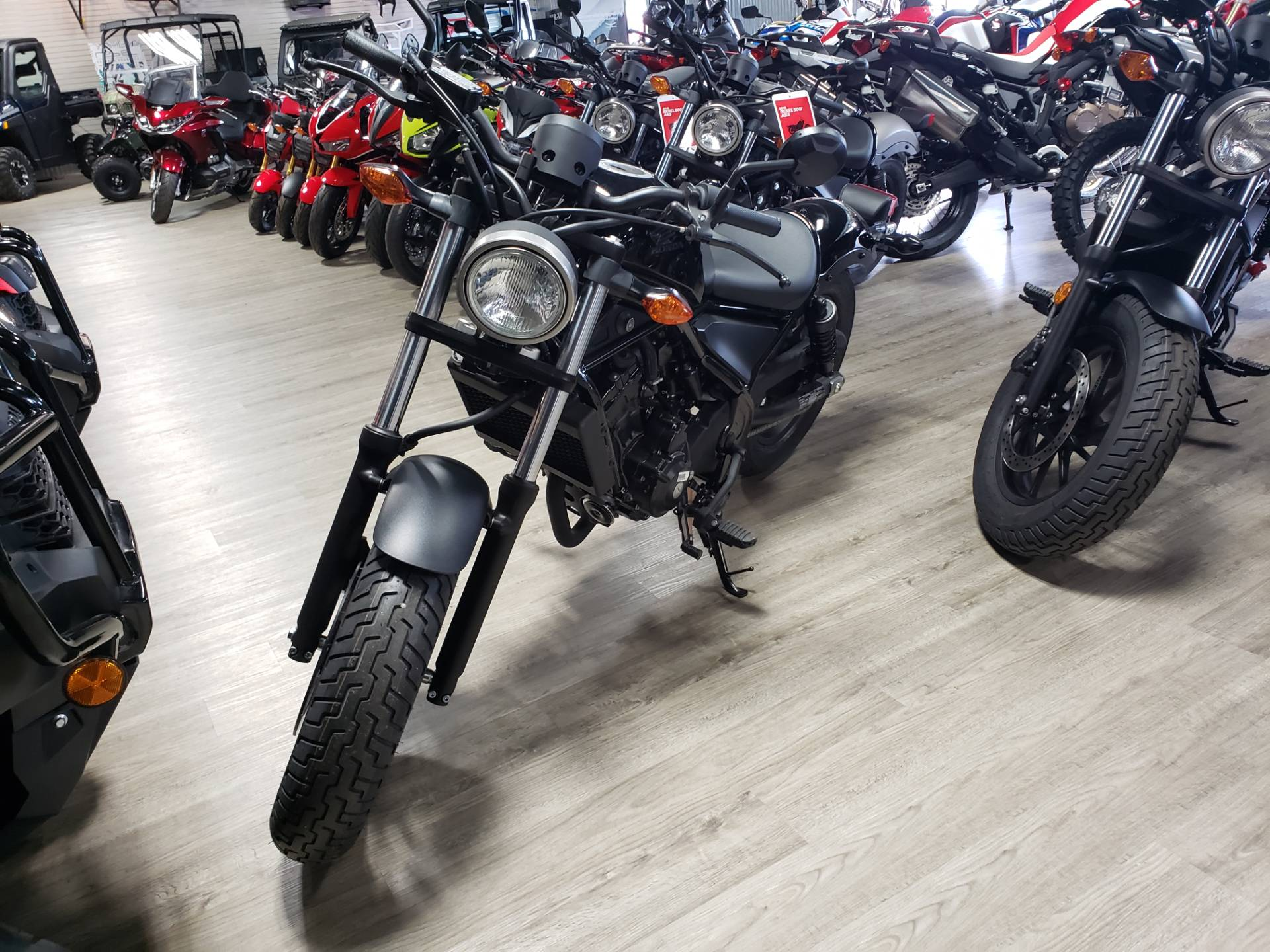 2017 Honda Rebel 300 3