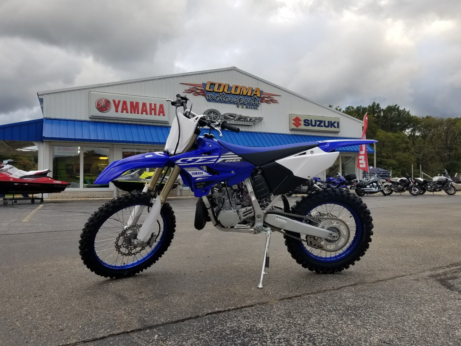 2019 Yamaha YZ250X in Coloma, Michigan