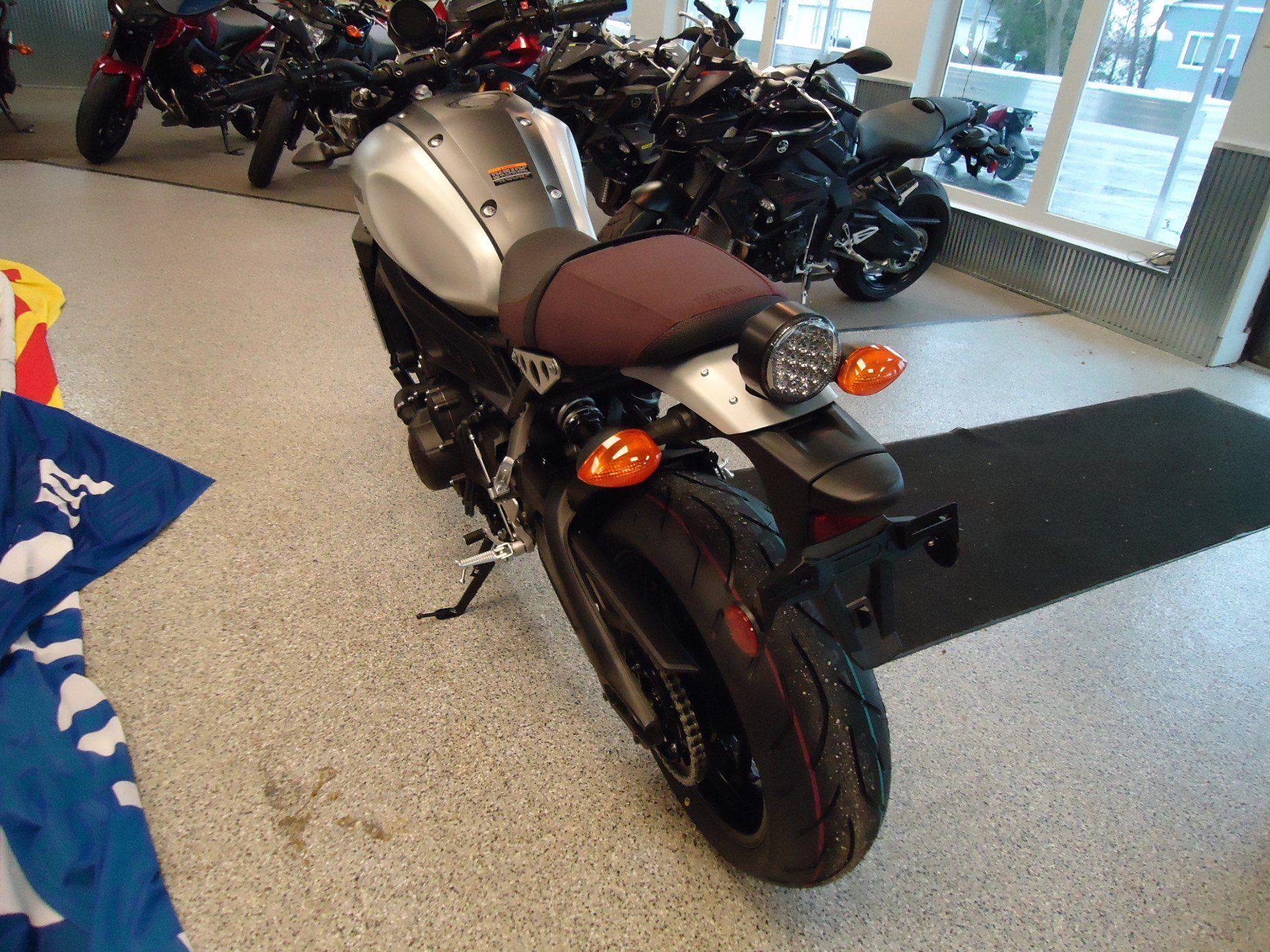 2016 Yamaha XSR900 5