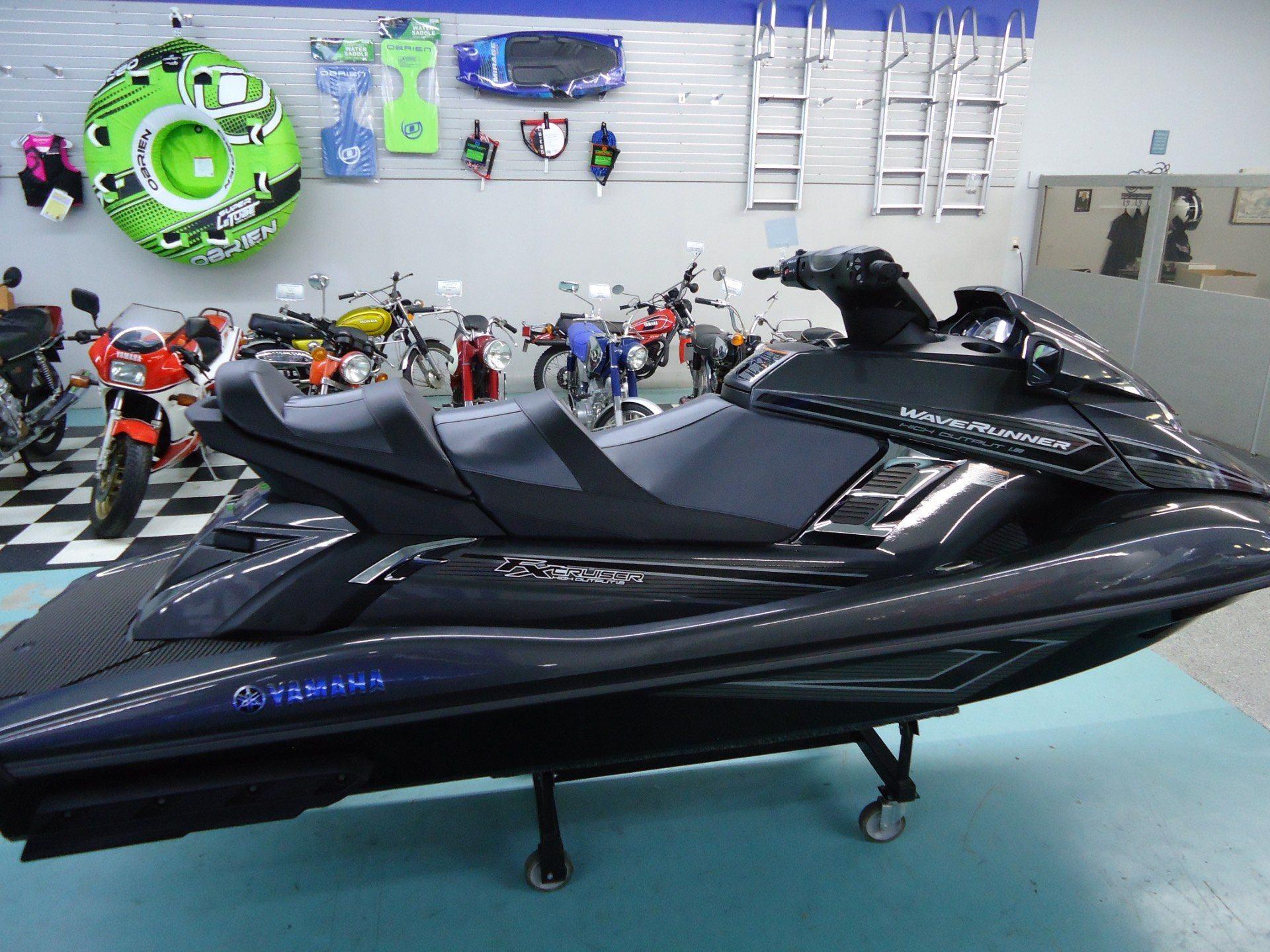 2017 Yamaha FX Cruiser HO 3