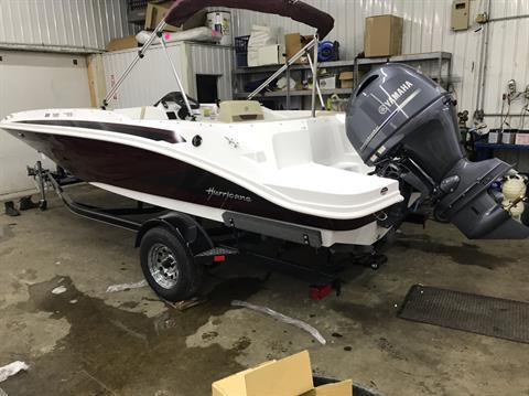 2020 Hurricane Sun Deck Sport 185 in Coloma, Michigan - Photo 3