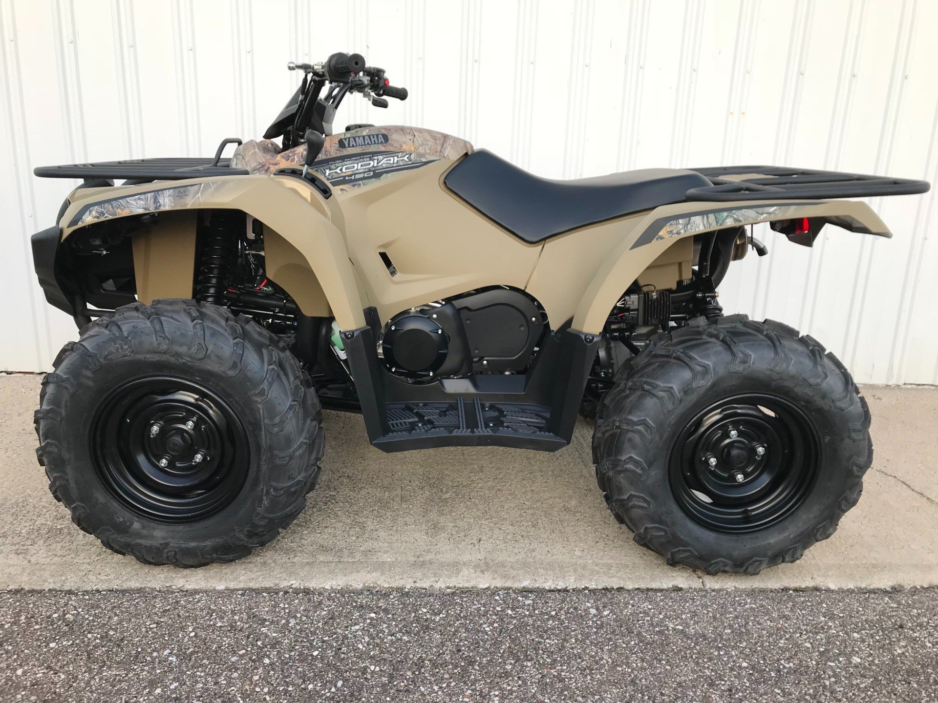 2018 Yamaha Kodiak 450 in Coloma, Michigan