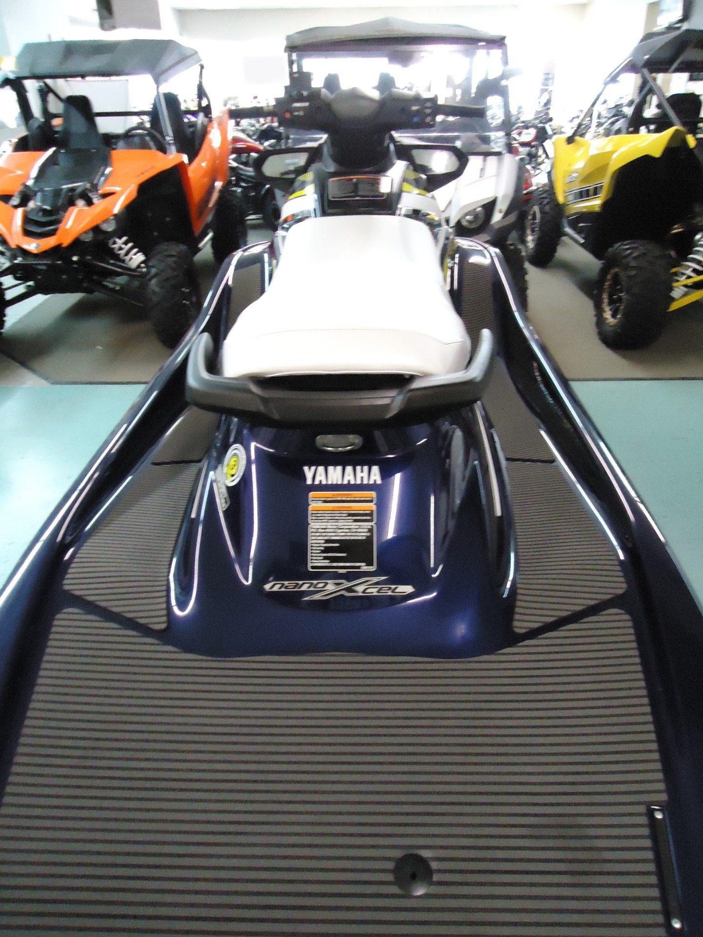 2017 Yamaha VX Deluxe 3