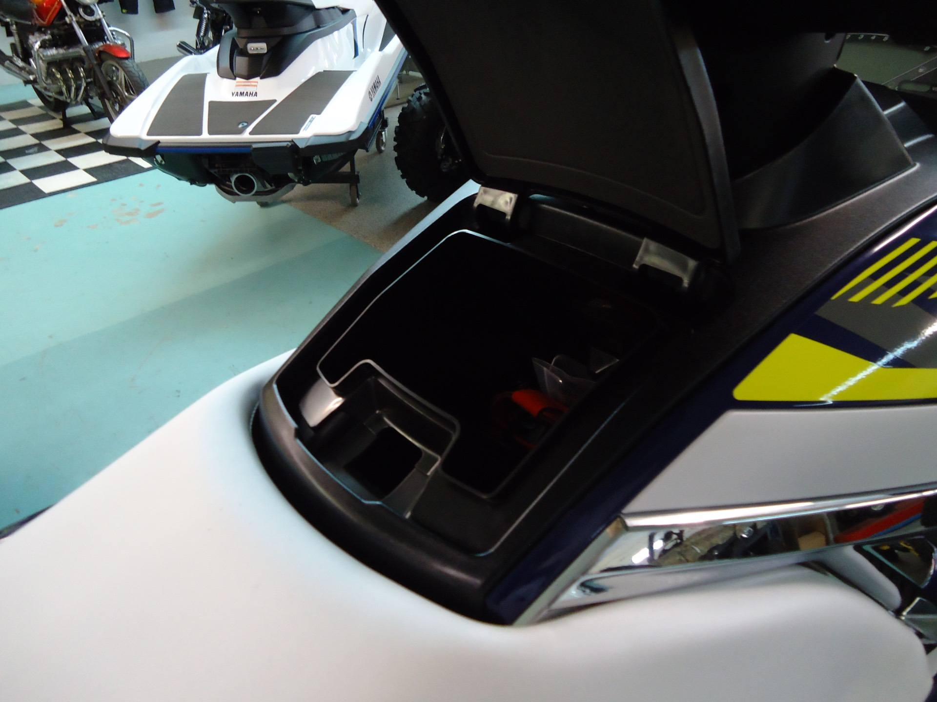 2017 Yamaha VX Deluxe 8